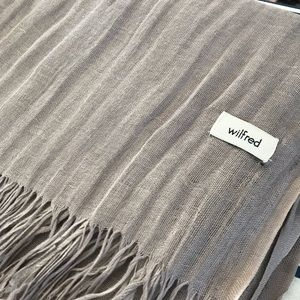 Grey Linen Wilfred Aritzia Scarf